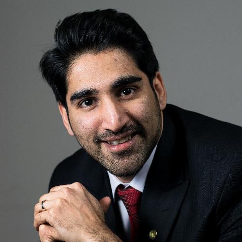 Nadeem R Khan
